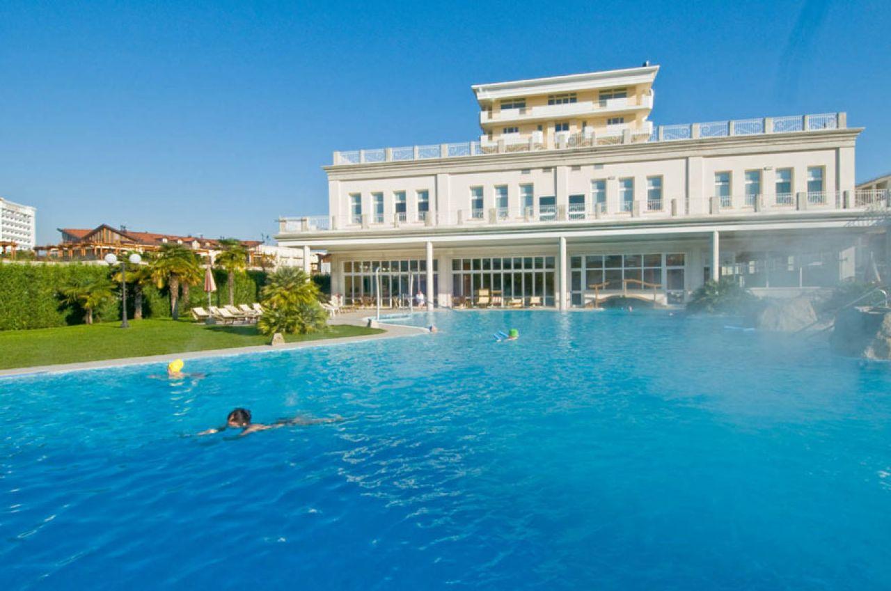 Hotel terme all 39 alba colli euganei - Hotel mioni pezzato ingresso piscina ...