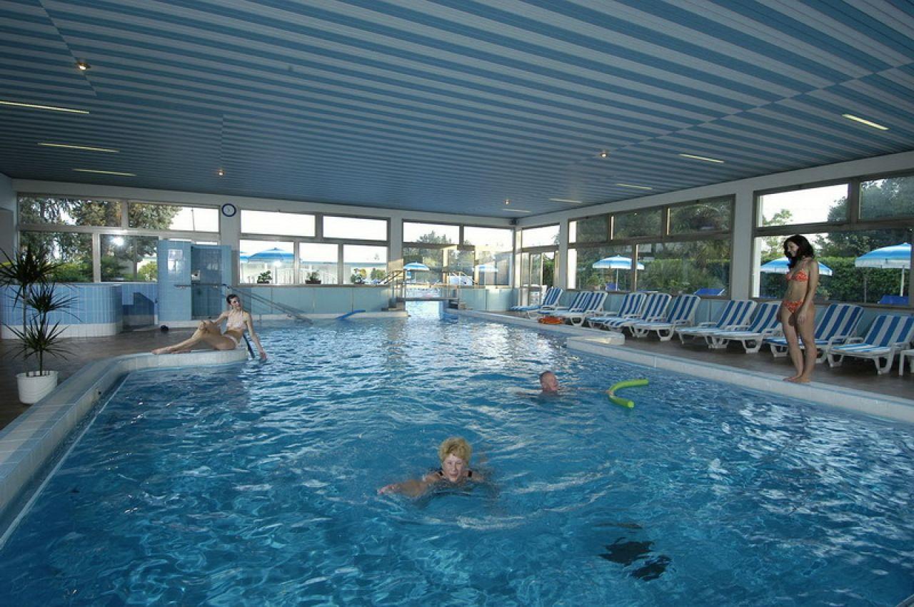 Abano astoria hotel colli euganei - Hotel con piscine termali all aperto ...