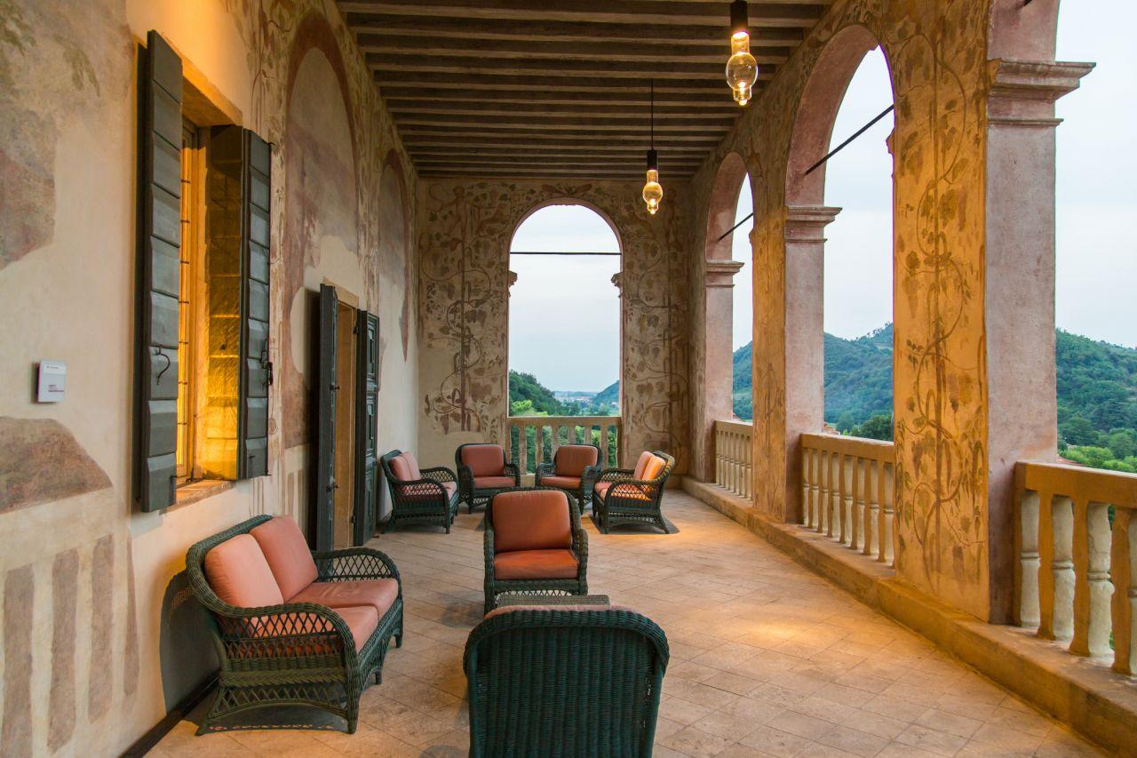 Villa dei vescovi a luvigliano di torreglia pd colli for Interno ville foto